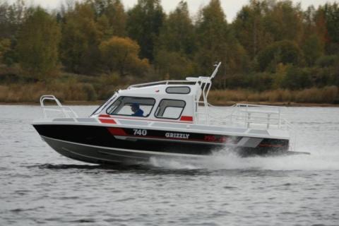 Новейший катер Grizzly 740 P…