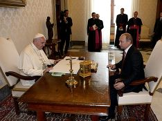 Анатомия слухов: Путин и тайны Ватикана