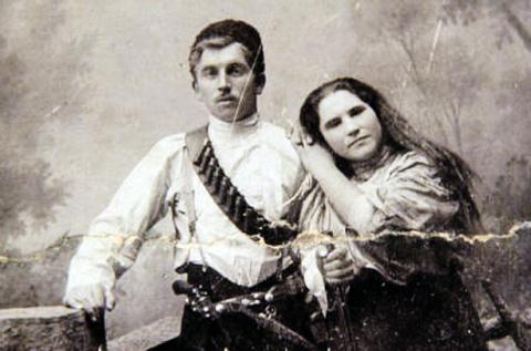 Пропавший архив Анки-пулеметчицы всплыл у внучки Чапаева