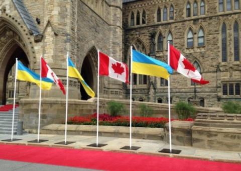 Канада послала Украину: «сви…