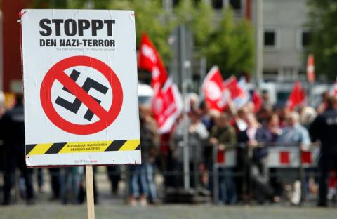 Немцы обвинили Меркель в пособничестве украинским нацистам