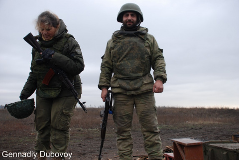 Нишагу назад! — морпехи ДНР…