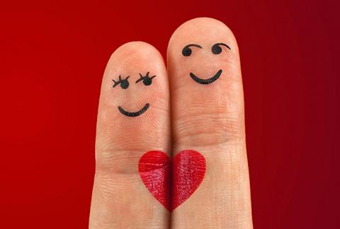 Вот что могут рассказать пальцы о том, каков человек в отношениях