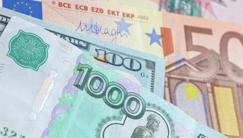 Неизвестный украл четыре миллиона рублей из квартиры безработной москвички