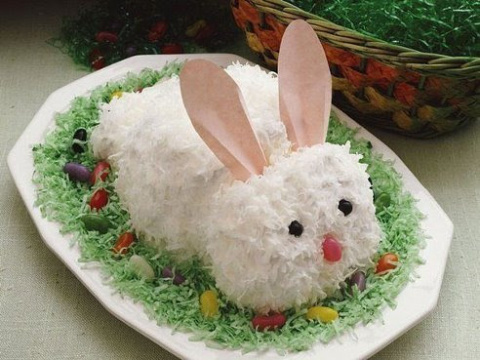 "Салат ""Белый заяц"" - украшение стола"