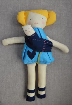 Кукла смалышом