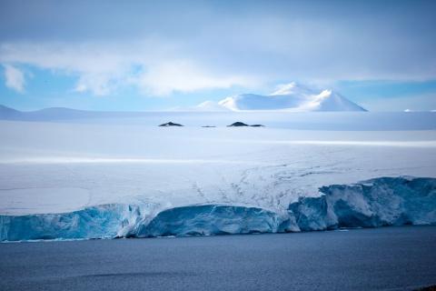Цветная Антарктида в фотогра…
