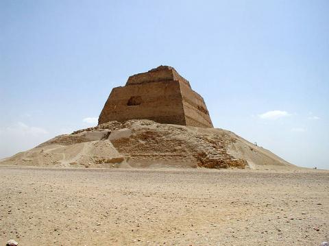 Эволюция египетских пирамид