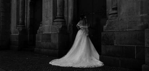 Труп невесты. «Живой» манекен 85лет пугает мексиканский городок