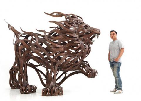 Энергия металлических скульптур