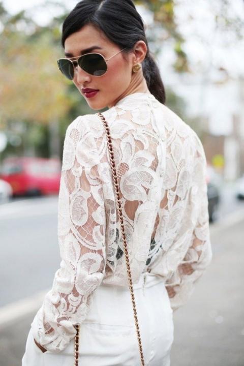 Как носить прозрачную блузку…