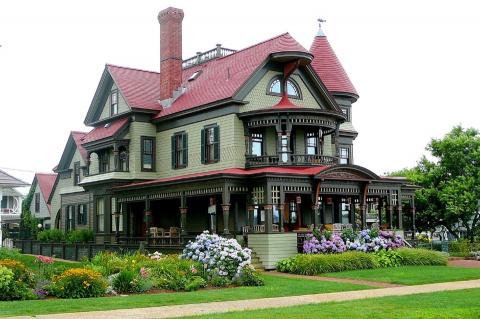 Дом в викторианском стиле. В…