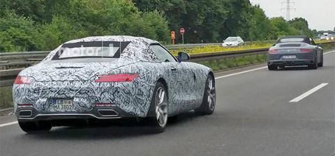 Mercedes-Benz вывел на тесты…