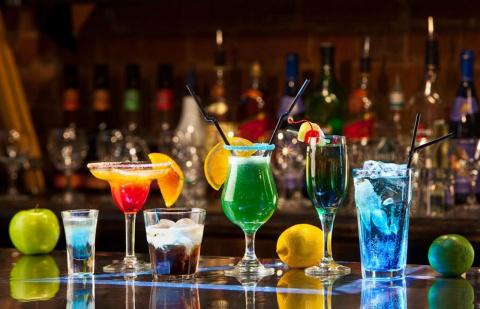 Спиртные напитки. Коктейли