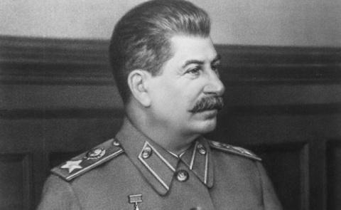 Порошенко вызывает дух Сталина