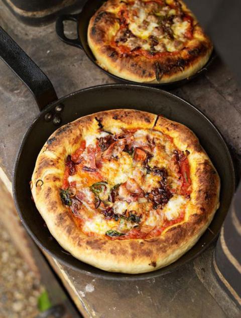 Пицца-пирог «Чикаго» от Джейми Оливера