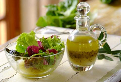 3 лучшие заправки для салатов на любой вкус