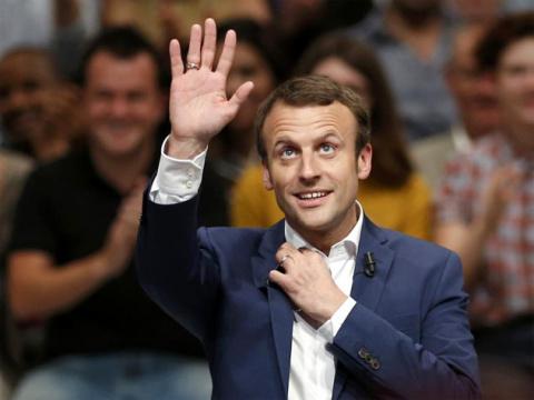 Гей, французы! Помешает ли победе Макрона его ориентация