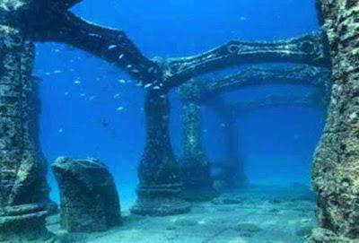10 таинственных подводных городов