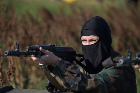 Неизвестные военные захватили посёлок в зоне разграничения