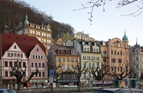 Карловы Вары (Чехия), город отелей, санаториев и Бехеровки