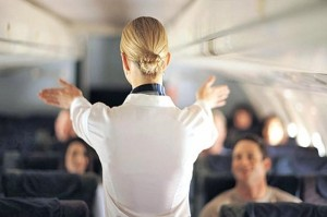 4 часа задержки: стюардессы …