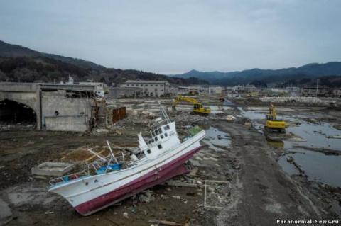После цунами и землетрясений…