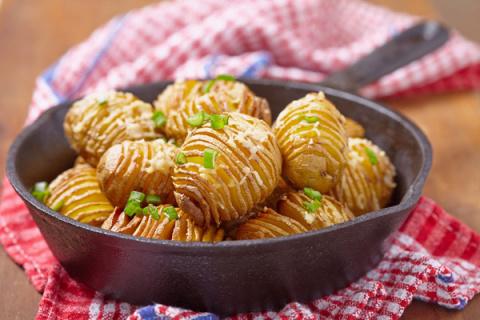 Картофель-гармошка, приготов…