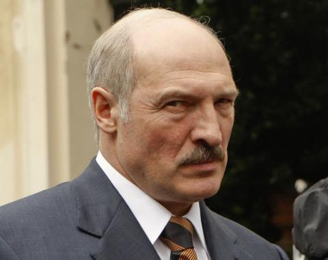 Обама продлил санкции для Белоруссии