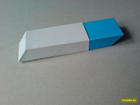 Маленькая коробочка вформе ластика