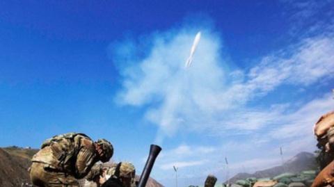 Украинские силовики обстреля…