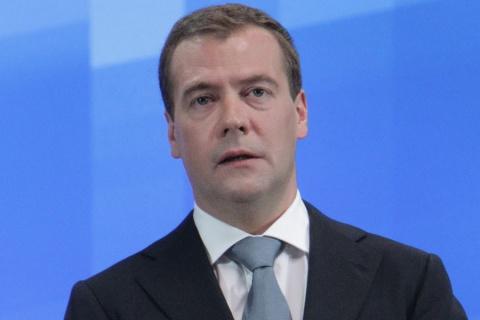 Медведев: Россия не собирается реструктурировать кредиты Украины
