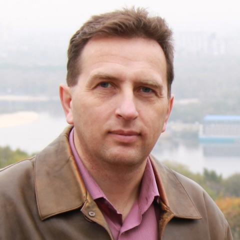 Виталий Коренков