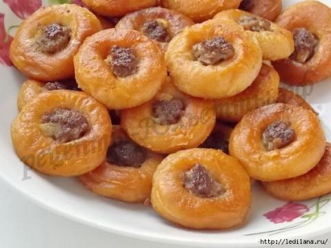 Мини-беляши из сушек: быстрое вкусное дачное блюдо