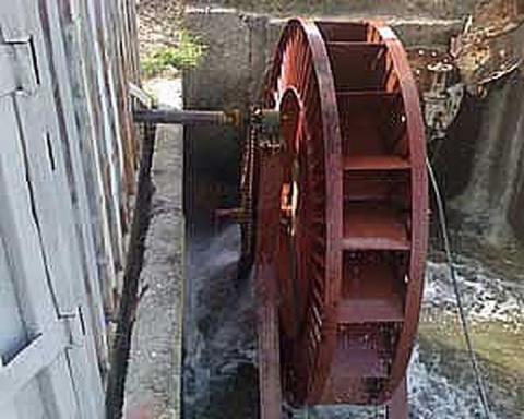 Самодельная микро ГЭС (7 фото)