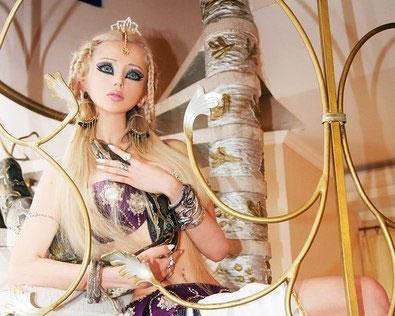 Шок! Кукольные формы Валерии Лукьяновой!