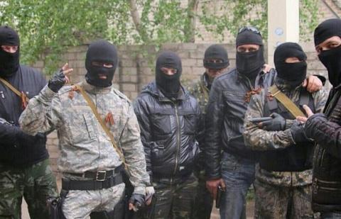 Вежливые казаки приехали на помощь ополченцам Новороссии