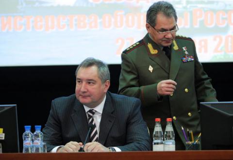 Вице-премьер РФ в беседе с корреспондентами ТАСС рассказал про развитие ОПК, а также сообщил о стоимости создания российско-китайского самолета