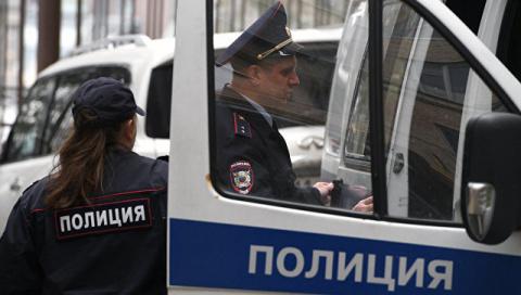 В Москве двое неизвестных в …