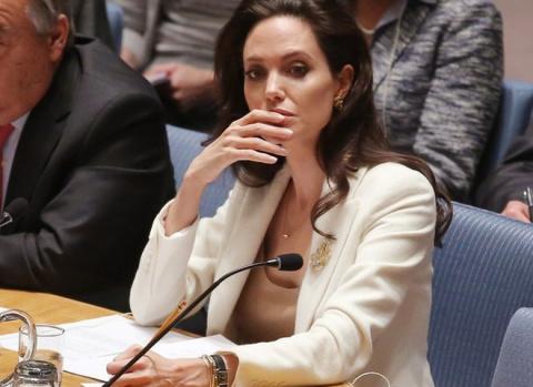 Анджелина Джоли решила пойти в большую политику