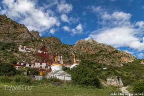 Тибет: пещеры Драк Йерпа