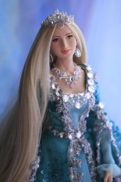 Лариса Исаева: самые красивые куклы в мире!