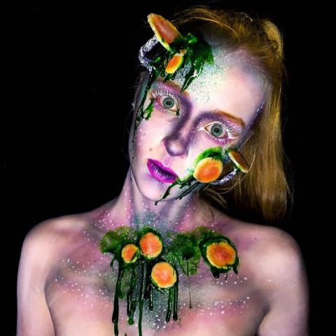 Ужасающий боди-арт: 16-летня…