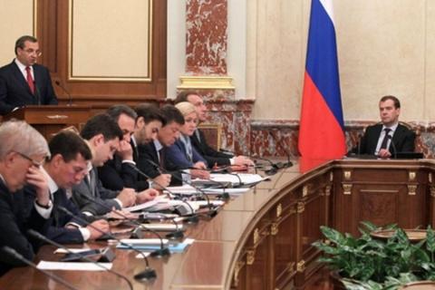 Дмитрий Медведев раскритиковал туристический бизнес Крыма