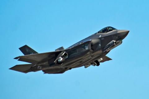 Скутер по цене мотоцикла. Как истребитель F-35 стал «американской «Булавой»