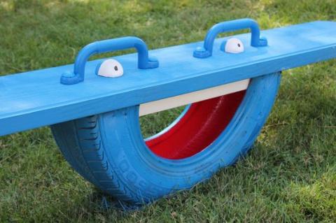 Старым покрышкам вторую жизнь - идеи для детской площадки