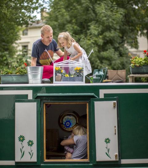 Четверо в лодке: жизнь на 26 метрах