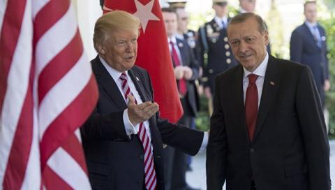 Во время речи Эрдогана в Нью…