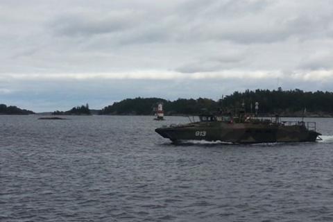 Шведы перепутали «русскую» подлодку с техническим кораблем