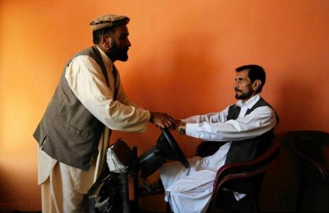 Как получают водительские права в Кабуле